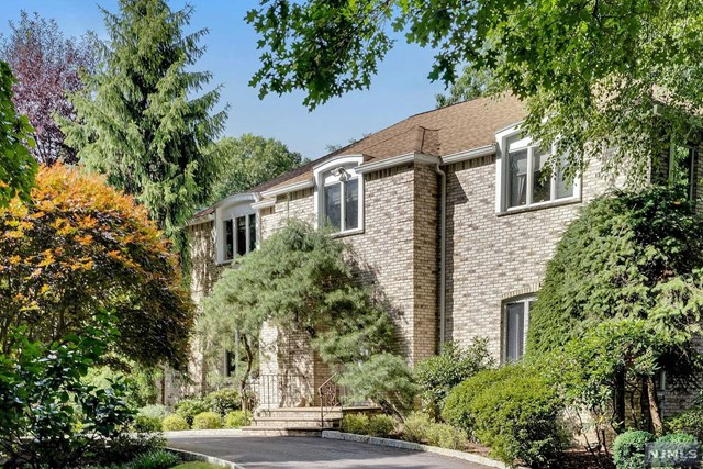 Photo of 20 Country Club Way, Demarest, NJ 07627