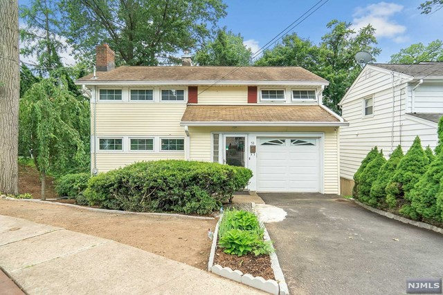 Photo of 53 Hudson Avenue, Waldwick, NJ 07463