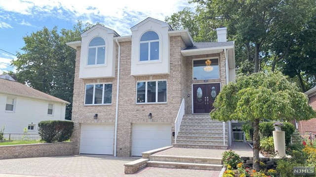 Photo of 246 Tremont Avenue, Fort Lee, NJ 07024