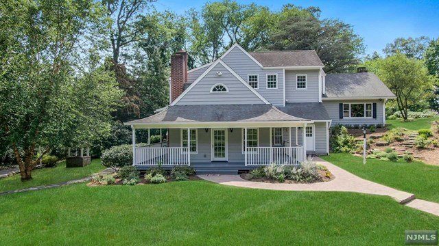 Photo of 35 Rockleigh Road, Rockleigh, NJ 07647